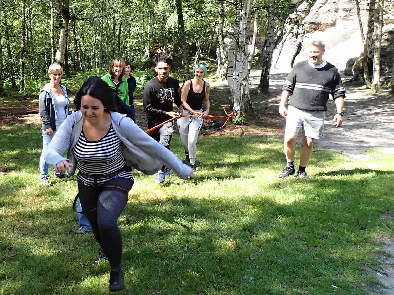 Bungee running - atrakce Karlovy Vary, teambuilding