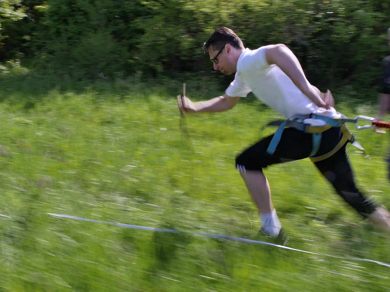 Bungee running - pronájem atrakcí, zábavné atrakce Praha