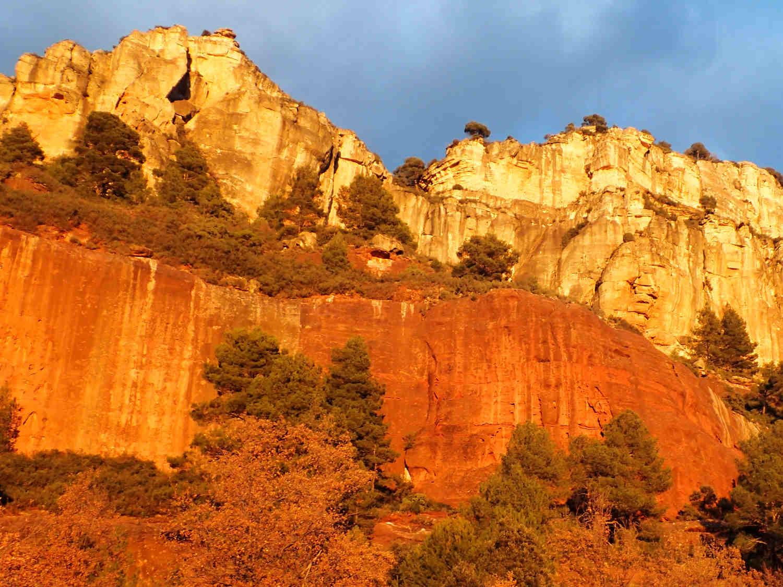 Lezení na skalách - zábavné atrakce na Moravě