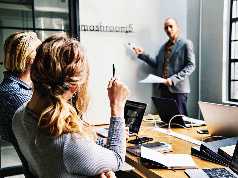 Prezentační dovednosti - firemní vzdělávání v Praze