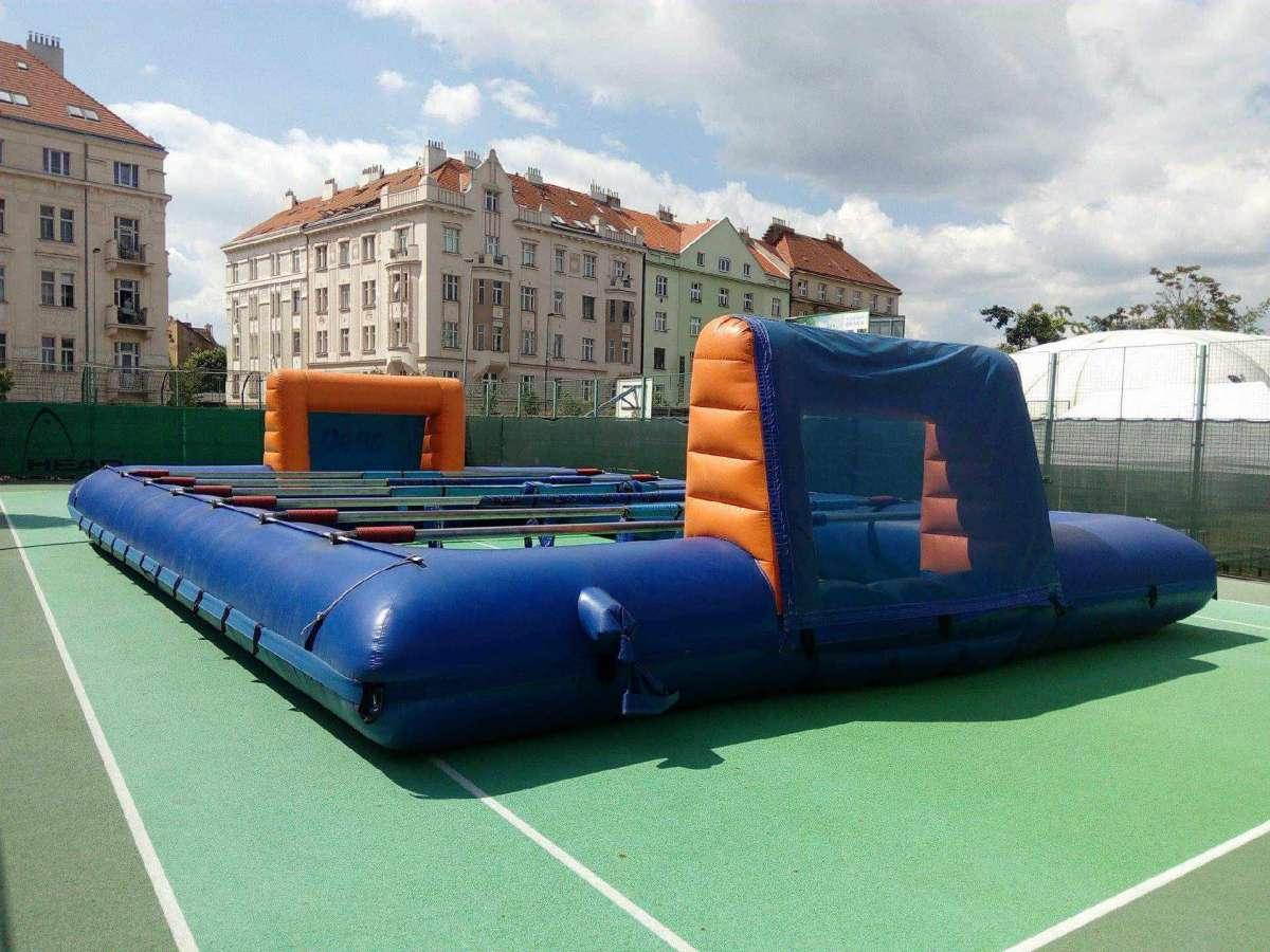 Lidský stolní fotbal - zábavné atrakce pro děti Praha, Brno