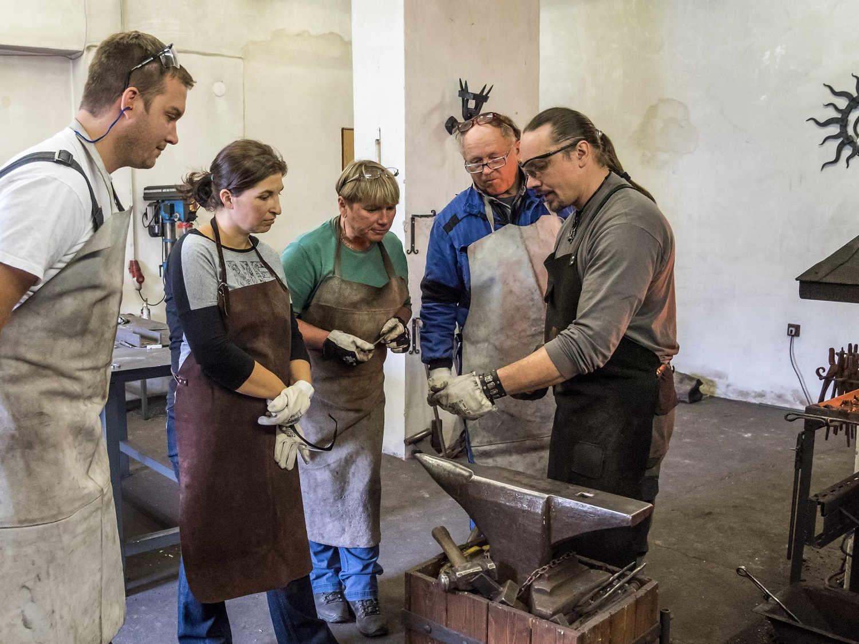 Staň se kovářem - indoor teambuilding, kovářský kurz